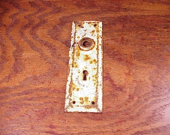 Vintage Rusty Rustic Door Plate Escutchson with Keyhole, Painted White, Architectural Salvage, Shelf Display, Home Decor, Old
