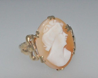 9ct yellow gold cameo ring size K 1/2