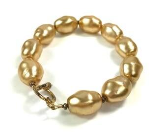 Gold Plastic Bead Bracelet, Large Beige Bead Bracelet, Vintage 1970s Beaded Bracelet