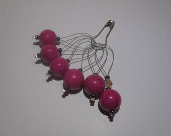 Set of 6 pink bead stitch markers