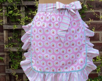 On Sale Vintage Style Apron,Ruffled Apron/Floral apron