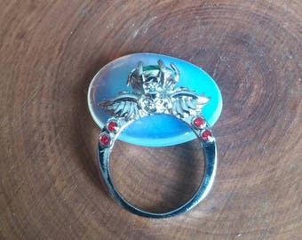 Womens size 8 ring