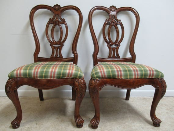 Pair of Thomasville Mahogany Oversized Carved Dining Room Side Chairs   A