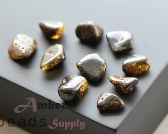 Natural amber stones, Polished amber, Baltic amber beads, Amber pieces, Amber stones, 10 pieces. (0446/9)