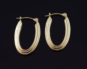 14k Hollow Grooved Hoop Earrings Gold