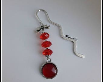 Bookmarks jewelery red cabochon