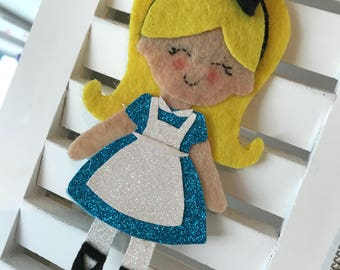 Alice in Wonderland inspired • Felt hanging • Alice • Glitter •