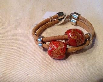 Cork and wood beads