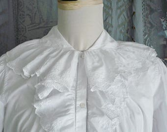 ANTIQUE FRENCH NIGHTDRESS, Fine Cotton and Lace Chemise, Hand Embroidery, Monogram,  1900's.
