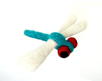 Dragonfly in felted wool, decorative figurine. By LaPoissonnerie