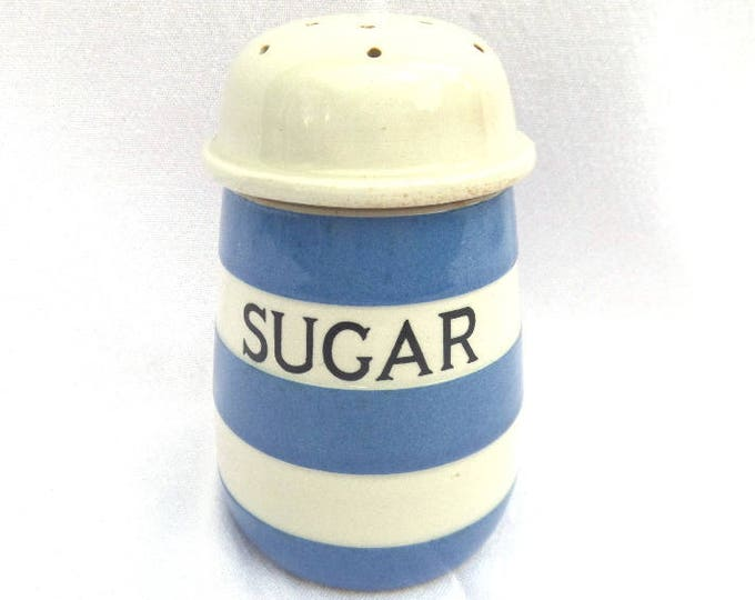 """Cornishware Sugar Shaker, Circa 1950, T.G. Green & Co Ltd, Made in England, Excellent Vintage Condition, 4.5"""" x 3"""""""