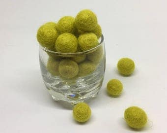 Mellow Yellow 100% Wool Felt Balls - 1cm