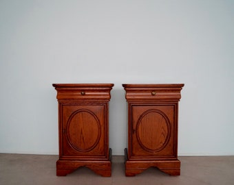 Pair of Vintage Nightstands or End Tables by Drexel