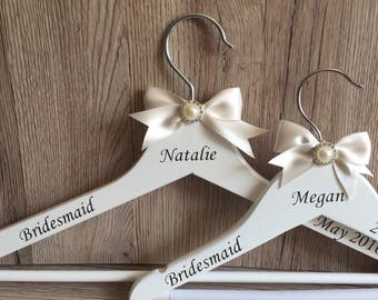 Personalised Bridal Hangers, Personalised wooden coat hangers with Pearl embellishment, Bridesmaid gift, Bridal party gift