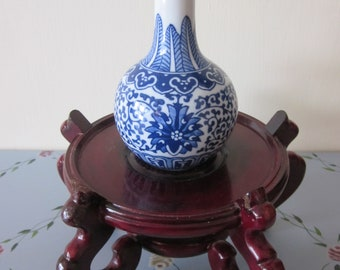 Qianlong Period Rare Antique Excellent Details Blue White Hand Painted Bottle Neck   Vase  Vtg Blue Markings