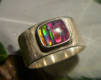 SPECIAL OFFER - Vintage Silver Ring with Opal