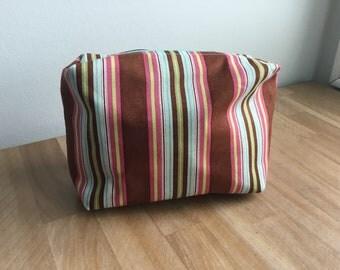Travel / Accessory / Make-up Bag - Stripes