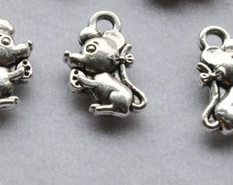 Small mouse X 5 silver charms