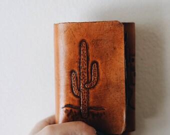 Vintage Leather Wallet / Vintage Men's Southwest Wallet / Vintage Cactus Wallet / Leather tooled wallet