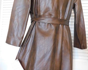 Vintage Ladies Brown Leather Coat with Fox Fur Collar
