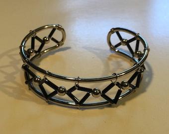 Vintage Silvertone Bangle Bracelet