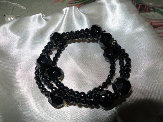 3 Lovely vintage 1960s black onyx beaded stretch bracelets