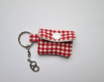 Key chain mini purse Plaid red pretzel