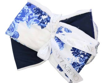 Juliet's Floral   Blue and White FLoral Baby Burp Set