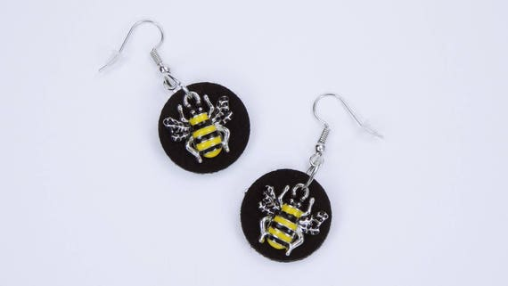 Earrings Bee on black background made of felt-bees earrings silver pendant earrings-yellow black natural insect jewelry bumblebee