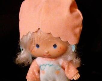 Vintage 1970s Strawberry SHORTCAKE Apricot Doll!!