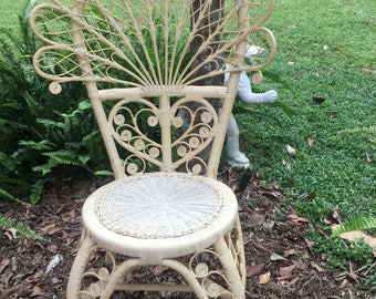 Wicker Peacock Chair, Vintage, Shabby Chic, Photo Prop