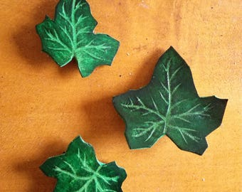 Leather - Ivy leaves - set of 3 hair clips