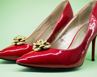 Leather Flower Shoe Clips, Camellia shoe clips, Flower Accessory, Leather Camellia, Bridal Shoes clips, Colourful Clip, Festival Accessory