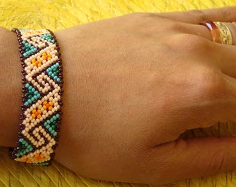 Huichol mountains and clouds beaded bracelet