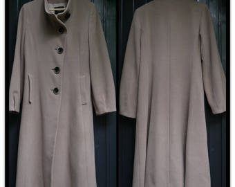 A-line 100% Wool Coat size S/Medium / Fashionable Beige Wool Coat / Woolen Coat for women