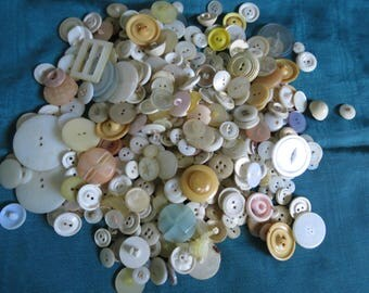 Lot of Vintage & Antique Mother of Pearl and Plastic Buttons