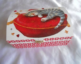 jewelry box with secret theme the little gift for Christmas 18 X 13 X 5 Red Ribbon and Heart Rhinestone Pearl