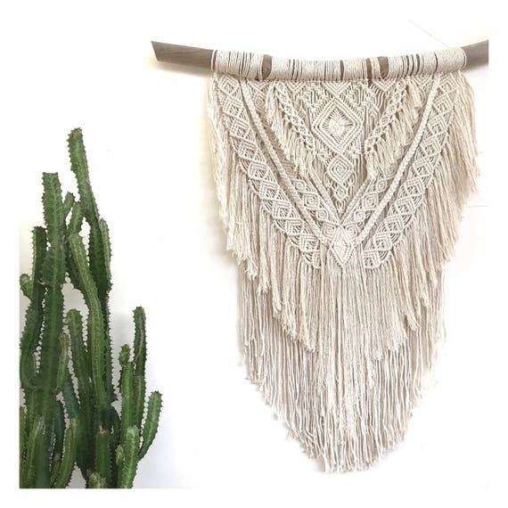 "Macrame Wall Hanging ""Diamond Dancer"""