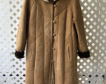 Brown And Gray Women's Mink Fur And Sheepskin Suede Coat Size Medium.