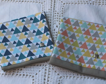 Pouch bag in grey and geometric pattern / triangle turquoise / orange choice