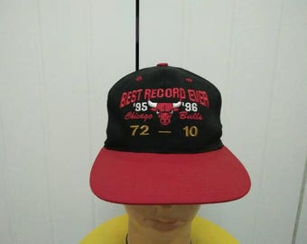 Rare Vintage CHICAGO BULLS 95'-96' Best Record Ever Embroidered Spell Out Cap Hat Free size fit all