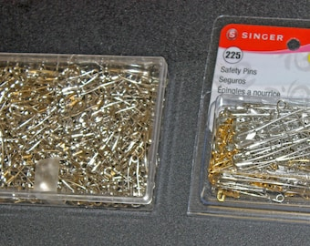 275 Plus Quilting Pins Curved Without Coil AND 225 Assorted Safety Pins New Condition Coil-less Safety Pins AND Assorted Regular Safety Pins