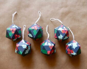6 Christmas paper ornaments - Holly pattern