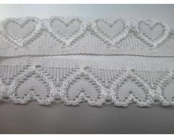 3 metre lace elastic stretch white lace about 2 centimeters width approx