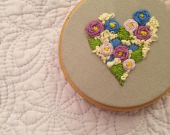 Small Floral Heart Embroidery Hoop