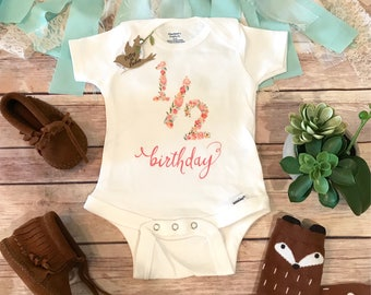 Half Birthday Outfit Girl, 1/2 Birthday Baby Bodysuit, Birthday Onesie®, Baby Girl Clothes, Boho Baby Clothes, Cute Baby Clothes, 6 Months