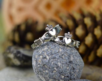 Claddagh ring. Celtic heart ring. Irish Heart Ring. Heart In Hands. Heart With Crown. Celtic Engagement Ring.