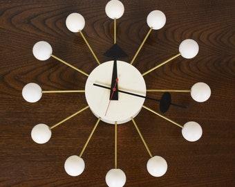 White George Nelson Ball Clock for Howard Miller