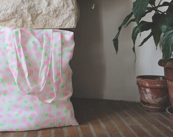 Tote bag pink and green pineapple pattern
