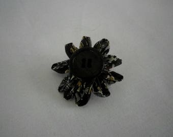 Uniquely - shaped flower brooch - gift idea
